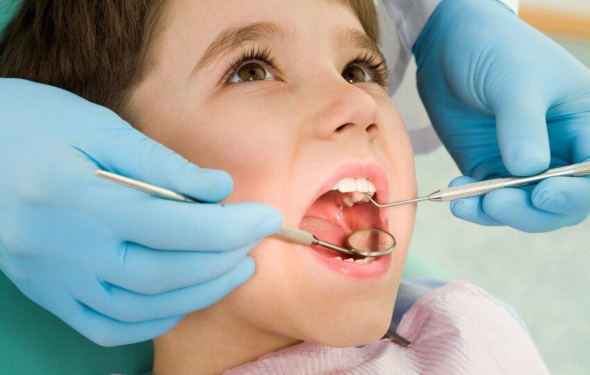 dentista especialista niños en Badalona